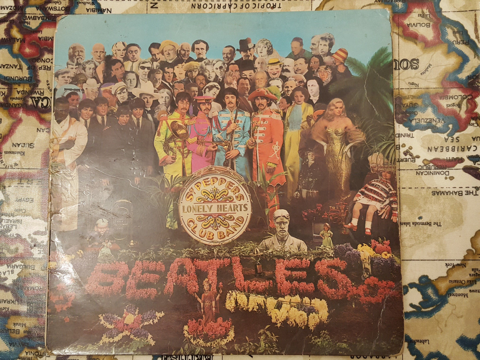 Popsikecom The Beatles Sgt Peppers Lonely Hearts Club Band Xex