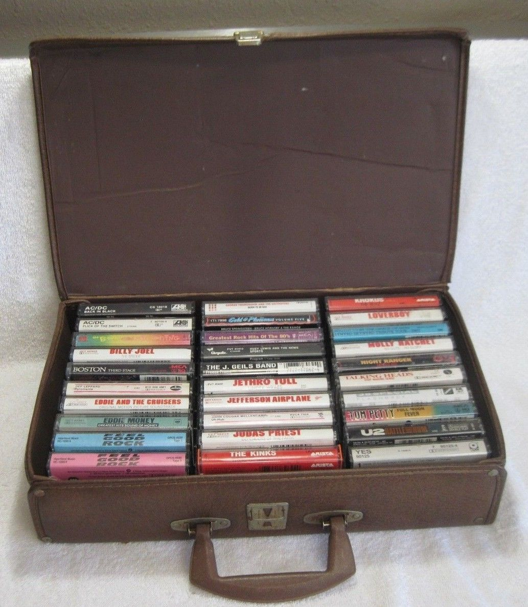 80u0027s ROCK Cassette Tape BUNDLE Of 30   WITH STORAGE BRIEFCASE   GREAT TITLES