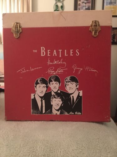 The Beatles Vintage Red 45 RPM Record Holder / Case  VERY RARE
