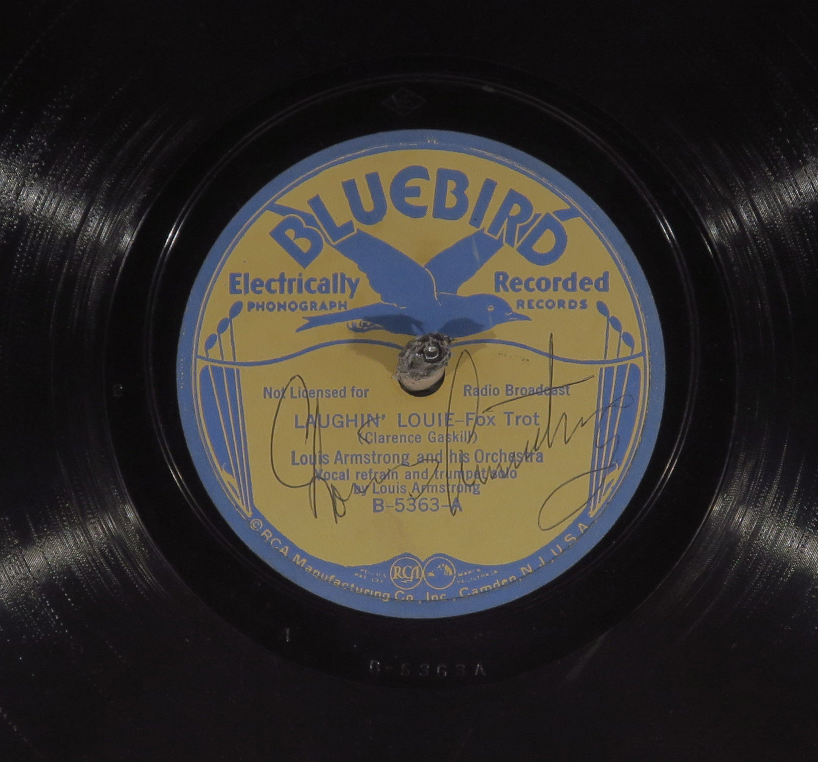 78 RPM - Louis Armstrong (Autographed) and His Orchestra, Bluebird 5363, E Jazz