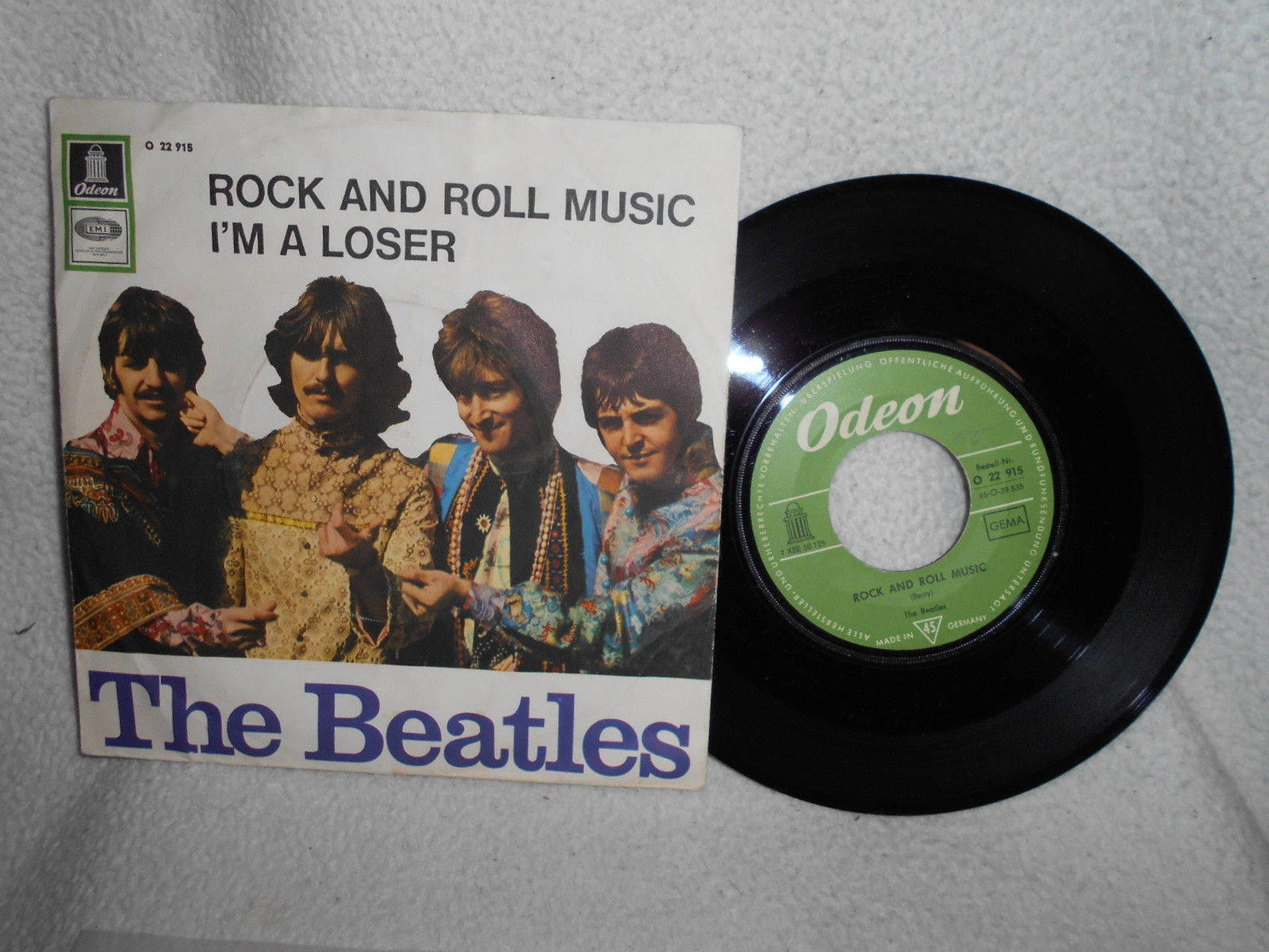 "7"" THE BEATLES -- ROCK AND ROLL MUSIC / I´M A LOSER ( S HIPPIE COVER )"