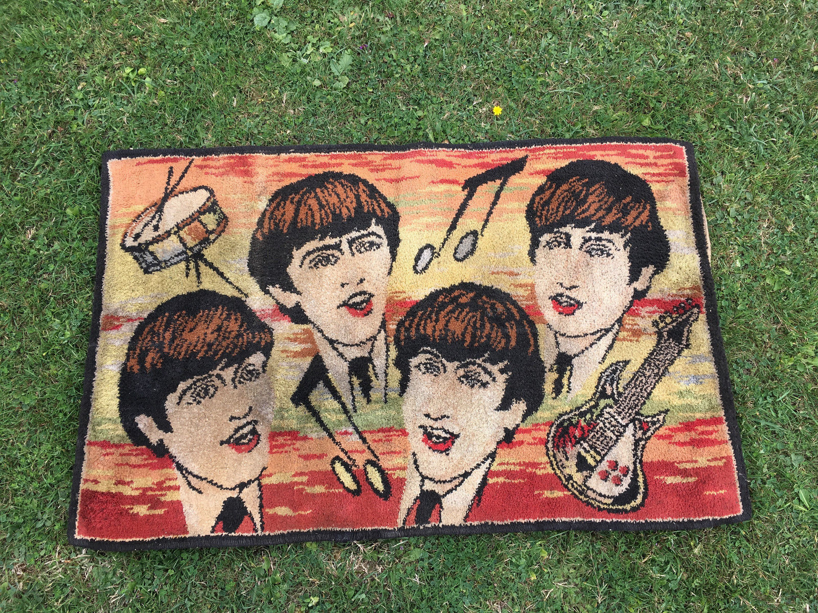 rare ORIGINAL BEATLES RUG 1964 BELGIUM