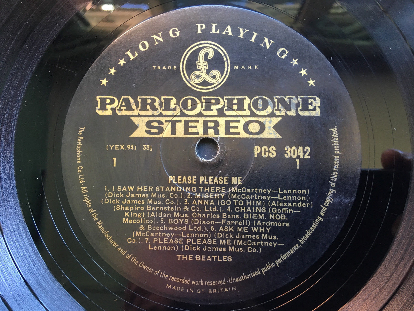 "BEATLES ""PLEASE PLEASE ME"" UK 1st PRESS STEREO BLACK & GOLD"