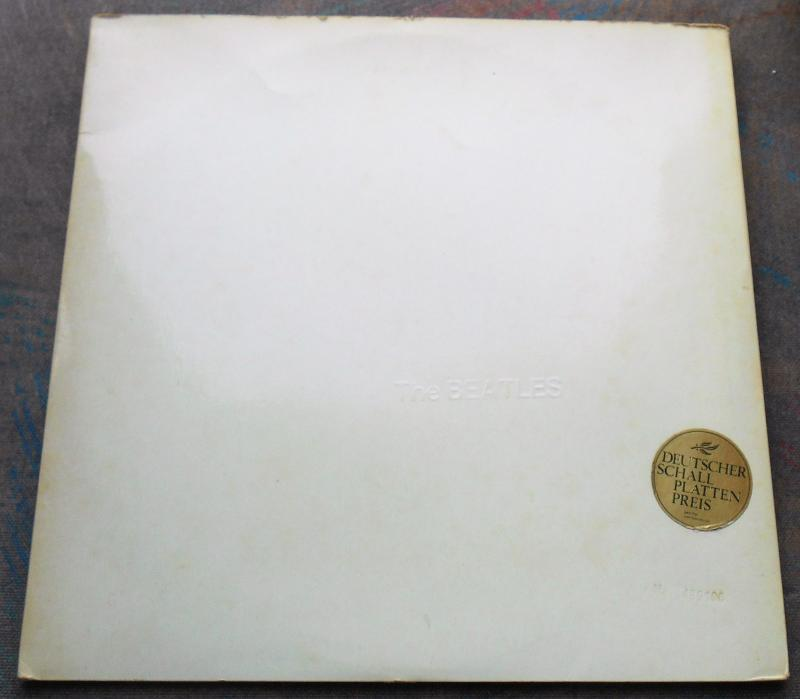 The BEATLES WHITE ALBUM 2LP, RARE GERMANY, PHOTO's MINT- 1ST EDITION  TOP LOADER
