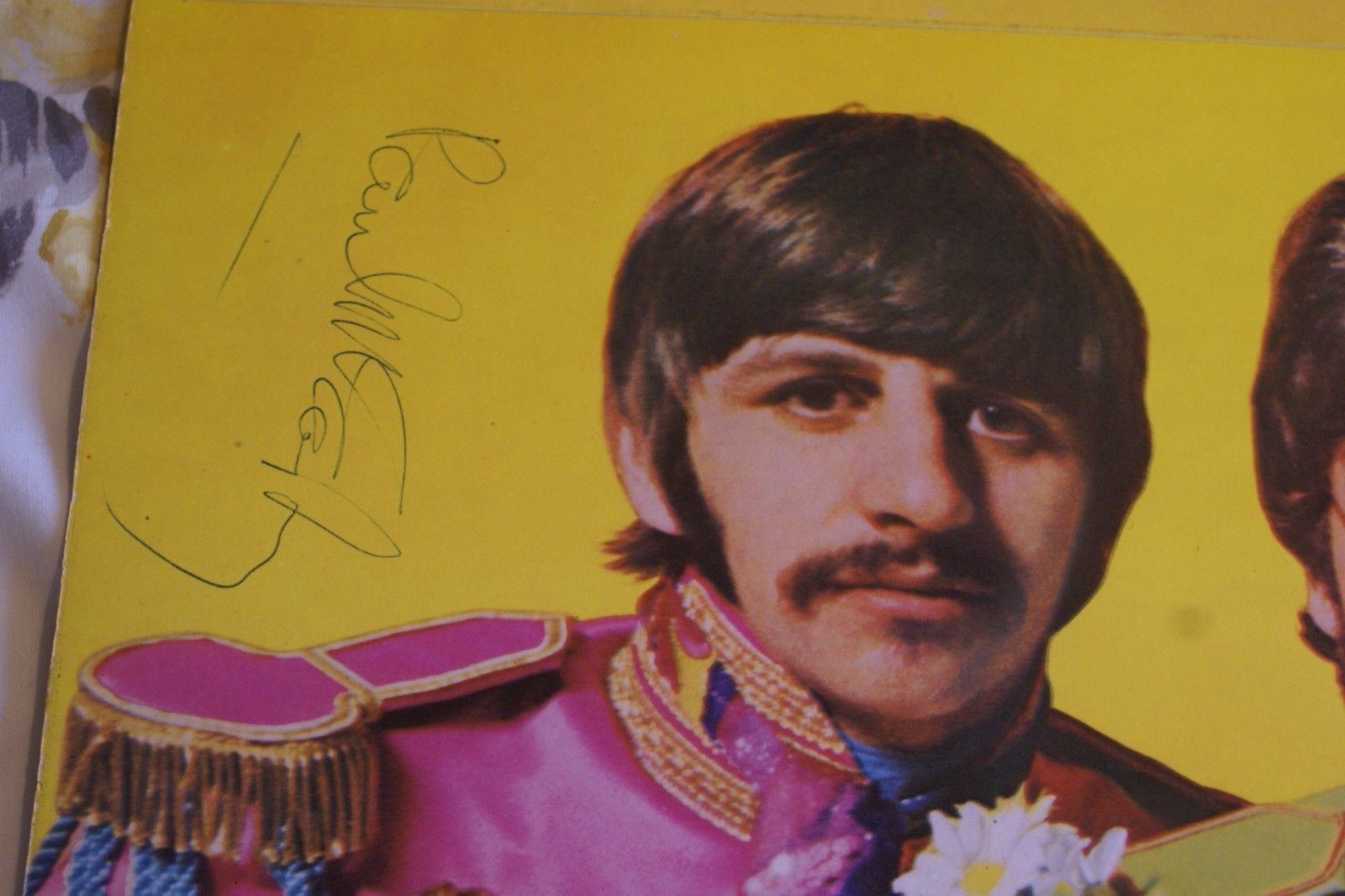 The Beatles/Paul McCartney 1968 signed Sgt Peppers-Caiazzo