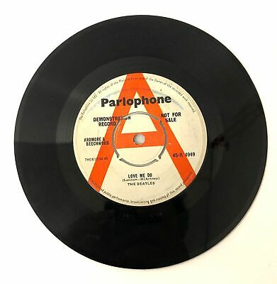 THE BEATLES 'Love Me Do' 7 Inch DEMO / PROMO 'McArtney' Spelling Parlo Rim - M24