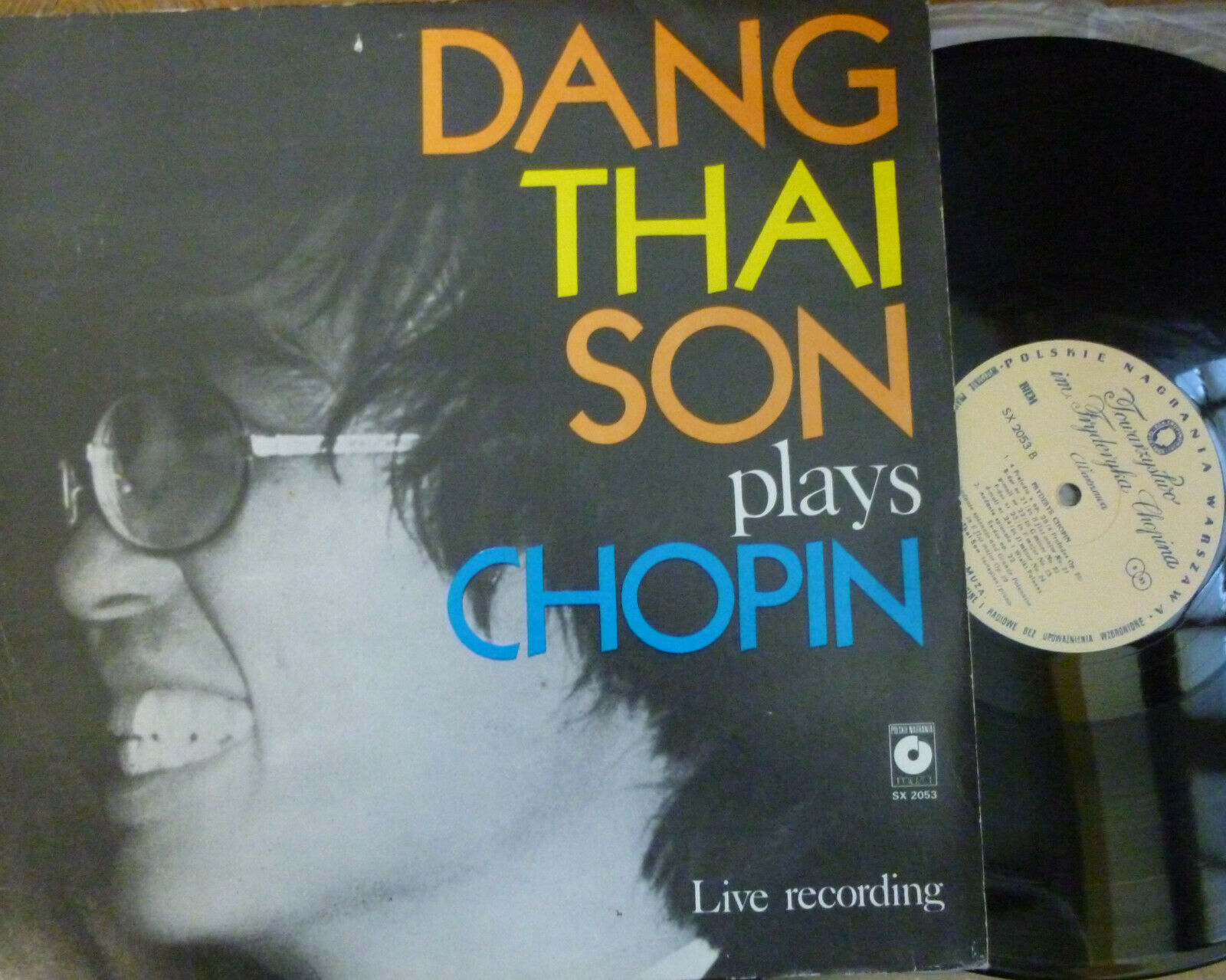 DANG THAI SON plays CHOPIN / MUZA