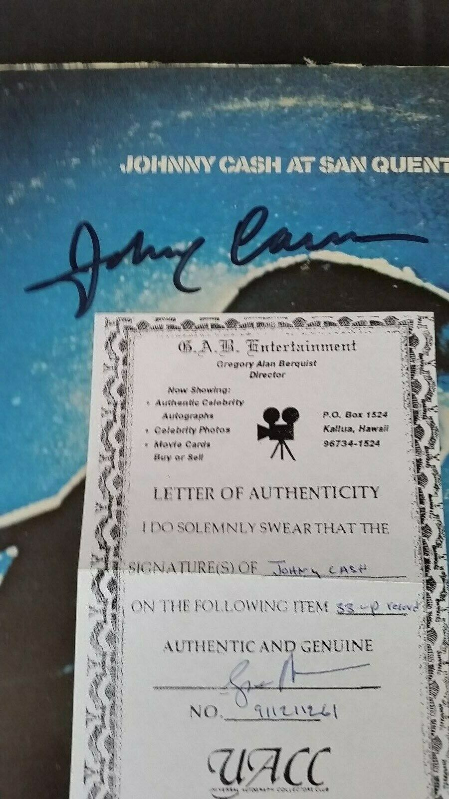 JOHNNY CASH - AT SAN QUENTIN - SIGNED US ALBUM - AS SEEN