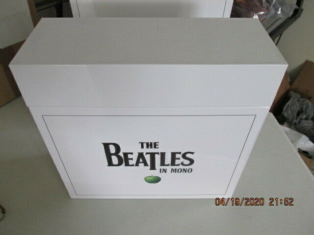 The Beatles in Mono Vinyl Box Set (14 Discs, Sep - 2014) new in original box