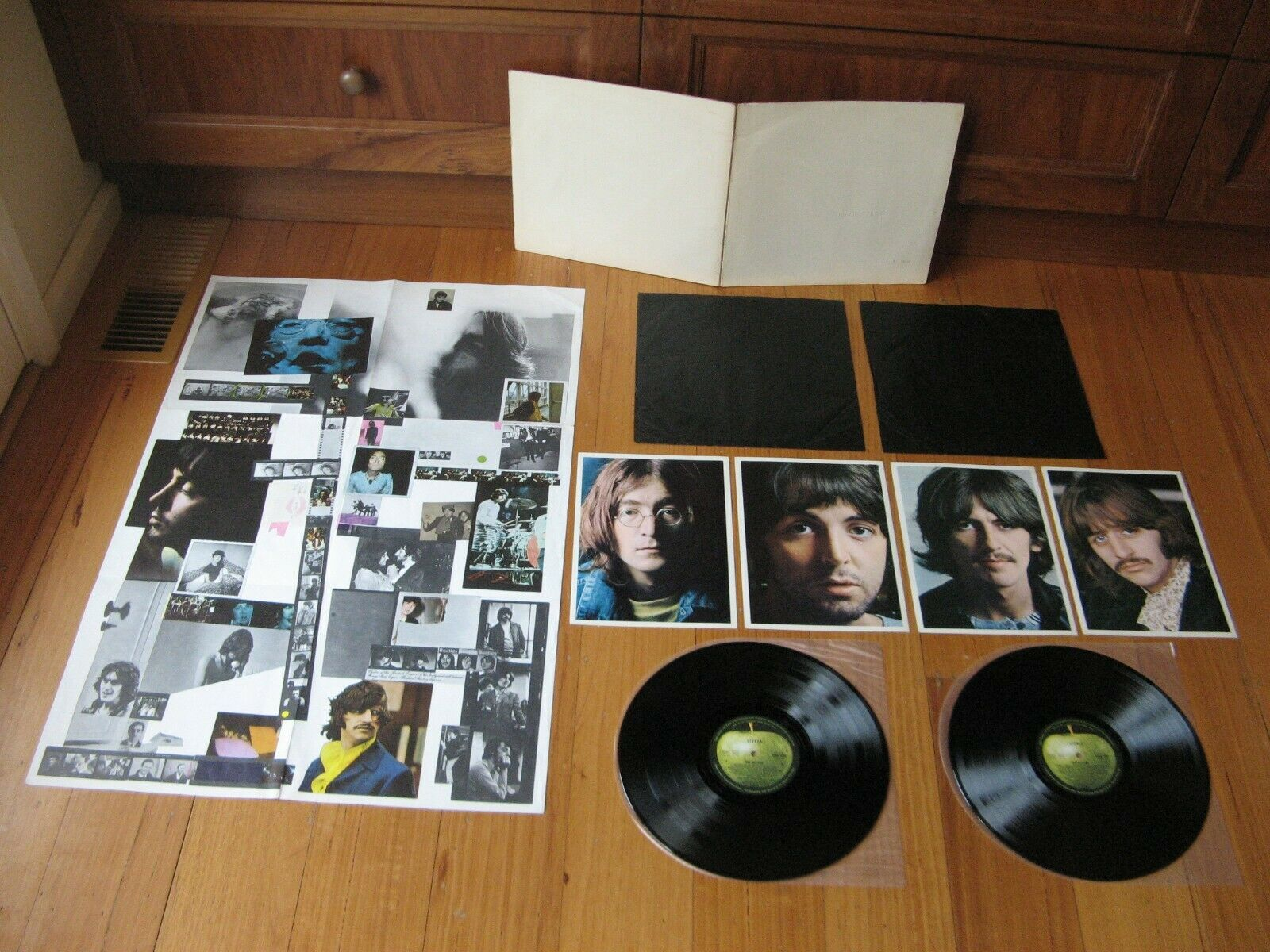 THE BEATLES - White Album - A 26242 Orig 1968 Oz 2LP -COMPLETE with ALL CONTENTS